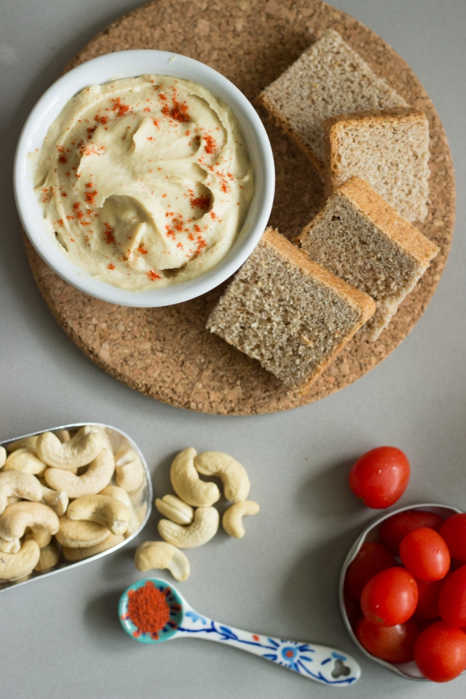 pasta de queijo de castanha de caju-3