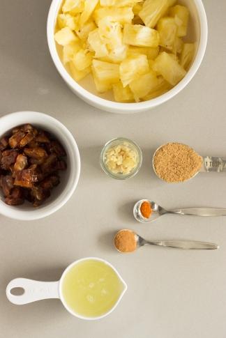 bolinhos de grão de bico e lentilha com chutney de abacaxi-4