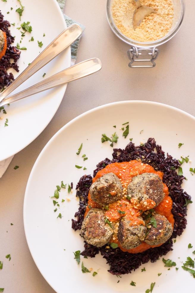 almôndegas de feijão, shitake e espinafre-12